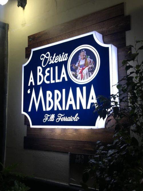 insegne luminose in plexiglass a Napoli